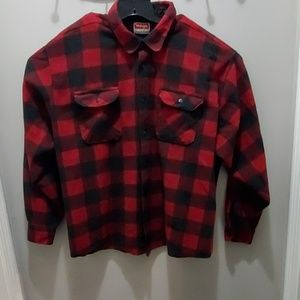 Wrangler red and black 3xl flannel shirt #68